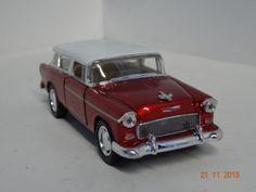 Carro colección Chevy Nomad 1955 color Rojo + Blanco. #RegalosParaEllos #RegaloNavidad2013