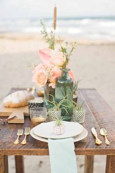 I love this mix of formal and nature in this outdoor tablescape - and the little plant could be a favor!