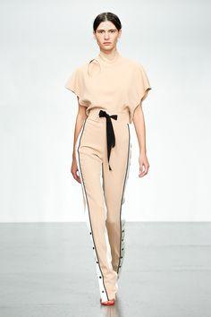 David Koma Spring 2018 Ready-to-Wear  Fashion Show Collection