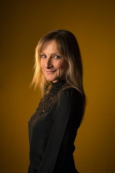lesley sharp age
