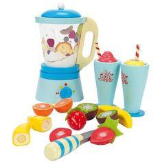 """Le robot """"Fruit & Smooth"""" en bois, un jouet en bois Le toy van Réf : Fruit Blender, Smoothie Blender, Dango Peluche, Mulberry Bush, Wooden Food, Eco Friendly Toys, Non Toxic Paint, Toy Kitchen, Toy Store"""