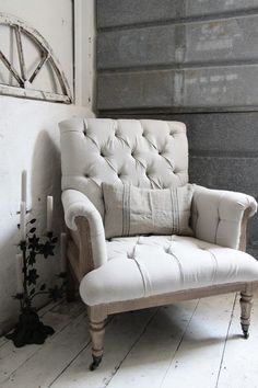 absolutely LOVE this chair - but it is so impractical for my house. alas, must covet from afar