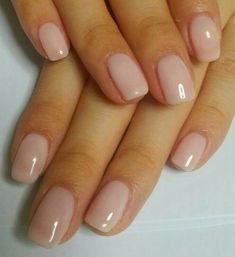 The advantage of the gel is that it allows you to enjoy your French manicure for a long time. There are four different ways to make a French manicure on gel nails. Hair And Nails, My Nails, Nail Art Halloween, Natural Nail Designs, American Nails, Manicure Y Pedicure, Nagel Gel, Nude Nails, Shellac