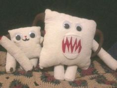 Wampa with removable arm and wampa pup