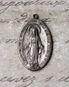 Vintage Miraculous Medal Of The Immaculate Conception 1830 Blessed Virgin Mary Mother Of God
