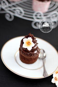 Panna Cotta, Cupcake, Ethnic Recipes, Desserts, Food, Tailgate Desserts, Dulce De Leche, Deserts, Cupcakes