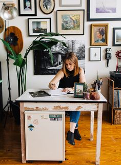 This bright, beautiful, and eclectic plant filled loft will inspire all you green thumbs to take your love of plants into the home - in a BIG way.