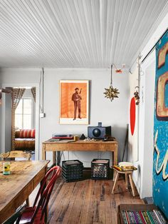 The 7 Most Fire Modern To Rustic Houses You'll See In Marfa, Texas Architecture Art Brick Classic Concrete Courtyard Decor Design Furniture Glass Interior Design Landscape Lifestyle Minimal Modern Photography Travel View Wood Liz Lambert, Marfa Texas, Log Home Decorating, Austin Homes, Mood, Home And Living, Home Goods, House Design, Interior Design