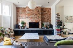 High-ceilinged Victorian terrace  in West London