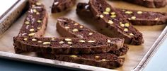 Receta: Anna Olson/ Cantucci de chocolate y pistacho