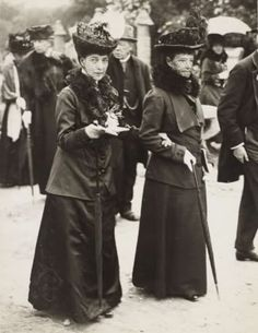 Sisters: Dowager Queen Alexandra of England and Dowager empress Maria Fyodorovna of Russia. by vicky Princess Alexandra Of Denmark, Ernst August, Christian Ix, Queen Victoria Prince Albert, Queen Margrethe Ii, Alexandra Feodorovna, Danish Royal Family, Danish Royals, Royals