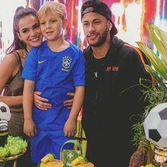 Memes Neymar, Bruna Marquezini, Neymar Pic, Challenge, Fashion Quotes, Cristiano Ronaldo, World Cup, Soccer, Handsome