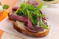 Fill+your+lunch-box+with+this+great+roast+beef+and+horseradish+cream+sandwich.