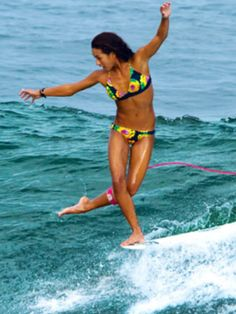 Kelia Moniz (HAW) #ROXYsurf Roxy Riders Team Member www.roxy.com @Roxy By Roxy