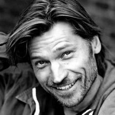 Nikolaj Coster-Waldau. Shit, Jamie Lannister is hot. Too bad he's only into his sister. lol!