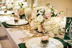 Emerald and Champagne Wedding Ideas || Ruffled Blog || Floral and Event Design, Coordination: Sugar Branch Events / Photographer: CHARD Photographer /