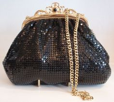 I also love vintage purses!