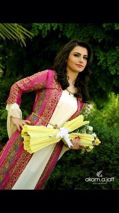 Gorgeous traditional kurdish dress