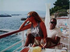 shawn king tumblr | GLAM SCOOP: Beyonce Joins Tumblr, Anna Wintour x Barack Obama Design ...