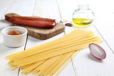 12 ingredienti da tenere in dispensa per improvvisare una cena non banale