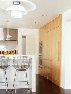 Add ambience and practical task lighting to your cooking area with easy-to-install track lighting systems.