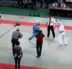 When the referee is tired of your shit – Gif