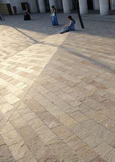 Trainstation-square-Padova-11 « Landscape Architecture Works   Landezine