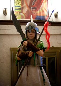 Diy greek goddess costume made from a plastic tablecloth this kid killing it in a diy athena costumes solutioingenieria Choice Image