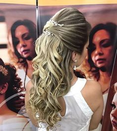 Discover penteadossonialopes's Instagram Amoo  #PenteadosSoniaLopes ✨ . . . #sonialopes #cabelo #penteado #noiva #noivas #casamento #hair #hairstyle #weddinghair #wedding #inspiration #instabeauty #penteados #novia #inspiração #cabeleireiros #lovehair #videohair #curl #curls #noivasdobrasil #vireinoiva #noivassp #noivas2017 #noivas2018 #cabelos #noivasbh 1596552651159652146_1188035779
