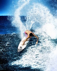 Surfing in Hawaii. Want to learn so bad!!