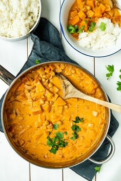Vegetarisk butter chicken - opskrift på indisk vegetarret - Stinna Butter Chicken, A Food, Vegan Food, Feta, Vegetarian Recipes, Curry, Veggies, Snacks, Ethnic Recipes
