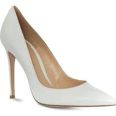 GIANVITO ROSSI Bari leather courts ($670) ❤ liked on Polyvore featuring shoes, pumps, heels, sapatos, white, leather pumps, white leather pumps, heels stilettos, stiletto heel pumps and white slip on shoes