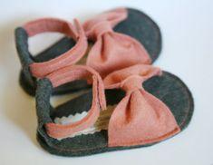 Newborn Coral Sandals. $25.00, via Etsy. #newborn #felt #sandals