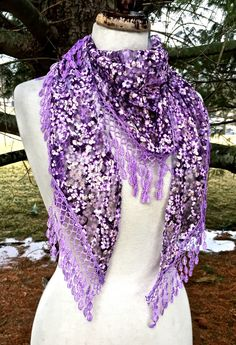 SCARF lace triangle crochet fringe lavender purple ivory white 31x 22 NEW #IMPORT #Scarf
