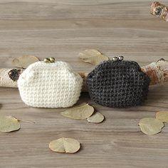 作品レシピ|手編みと手芸の情報サイト あむゆーず Love Crochet, Knit Crochet, Crochet Coin Purse, Beaded Purses, Crochet Handbags, Chrochet, Lace Knitting, Diy And Crafts, Crochet Patterns