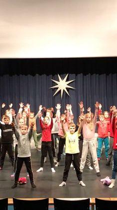 Klamydia-yhtye jakoi lähestyvän joulun kunniaksi sometileillään videon, joka veti niin bändin kuin fanitkin herkiksi. Concert, Concerts