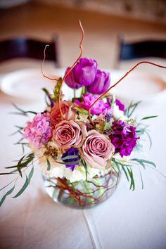 Hill Country Wedding by She-N-He Photography and Design Bubble bowl vase idea. Vase Arrangements, Floral Centerpieces, Vases Decor, Bowl Centerpieces, Fishbowl Centerpiece, Centrepieces, Deco Floral, Art Floral, Floral Design