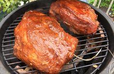Pulled pork op de big green egg bbq weber recept procureur varkensvlees bbq saus langzaam garen low and slow