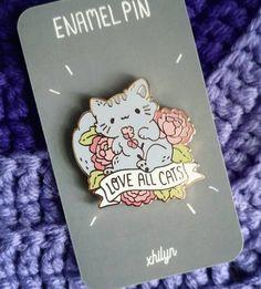 Love All Cats Charity Pin - Winn Feline Foundation by Xhilyn on Etsy Mode Kawaii, Kawaii Art, Jacket Pins, Cat Pin, Cool Pins, Pin And Patches, Craft Stick Crafts, Pin Badges, Lapel Pins