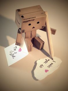 Danbo misses you. Danbo, Emotional Photography, Cute Photography, Miss Piggy, Cute Cartoon Pictures, Cool Pictures, Luv Letter, Box Robot, Love Heart Images