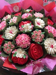 Large Valentine's cupcake bouquet www.bakedblooms.com