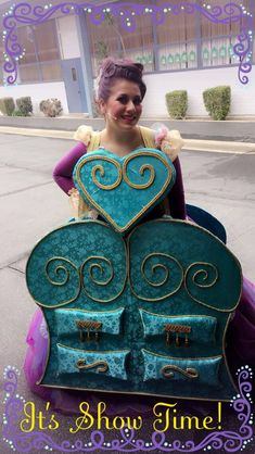 Madame De La Grande Bouche Beauty and The Beast The Wardrobe Beauty And The Beast Diy, Beauty And The Beast Costume, Dance Crafts, Tale As Old As Time, Willy Wonka, Diy Costumes, Halloween Themes, Costume Design, Mistress