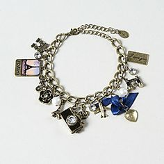i want this Global Gold Charm Bracelet