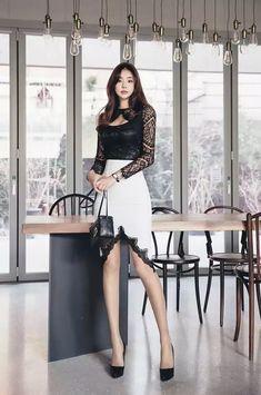Beautiful Legs, Most Beautiful Women, Good Looking Women, Hot Outfits, Office Fashion, Asian Fashion, Pretty Woman, Pretty Girls, Asian Beauty