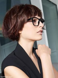 Bob with bangs and glasses Short Bobs With Bangs, Bob Haircut With Bangs, Bob Hairstyles With Bangs, Brunette Bob With Bangs, Short Bob Bangs, Bob With Fringe Bangs, Short Bob Hairstyles, Pixie Haircut, Black Women Hairstyles