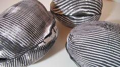 Eiformen, gestreift Silke-Freitag.de Keramik Design, Decorative Bowls, Ceramics, Tableware, Glass, Sculptures, Ceramica, Pottery, Dinnerware