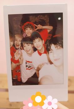 [ASC TWITTER UPDATE] The 2nd period 100 seconds to take a polaroid photo mission, if it's like this, the mission succeeded! Because you guys came out too bright, just by looking at it, we're smiling #WhereIsRocky #EunwooWinkKyaa #ASTRO...