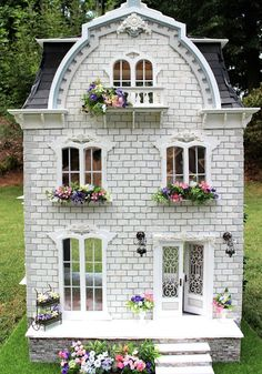 Busy with the Cricky: The Completed Willowcrest Estate Dollhouse Design, Diy Dollhouse, Dollhouse Miniatures, Fairy Tree Houses, Bird Houses, Doll Houses, Pink Dining Rooms, House Trim, Print Wallpaper