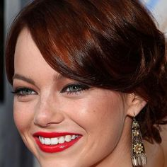 Makeup tips for red hair: Emma Stone http://beautyeditor.ca/2011/03/28/reader-question-channeling-amy-adams-or-christina-hendricks-makeup-tips-for-natural-and-not-so-natural-redheads/