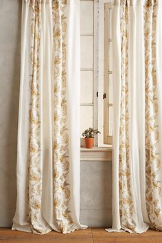gorgeous gold scrolled quills curtain  http://rstyle.me/n/vruxnpdpe